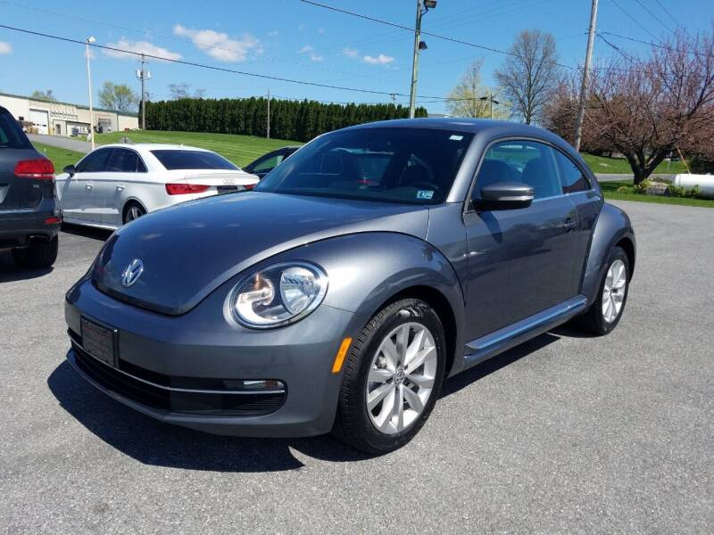 2015 Volkswagen Beetle for sale at John Huber Automotive LLC in New Holland PA