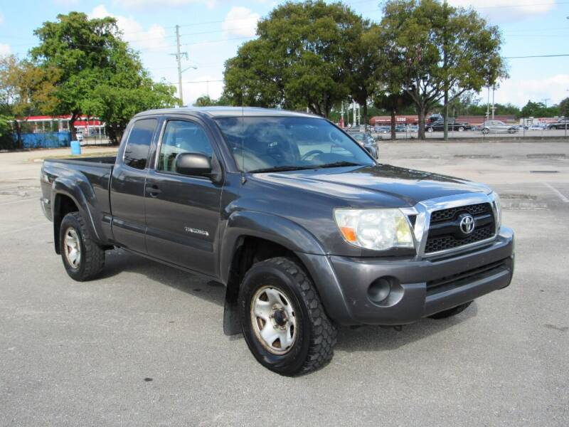 2011 Toyota Tacoma for sale at United Auto Center in Davie FL