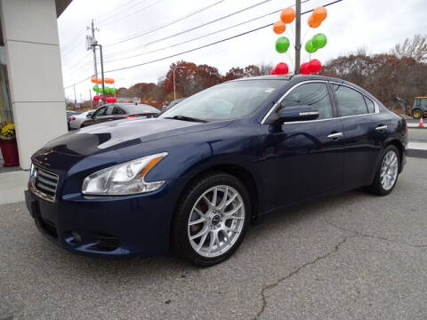 2013 Nissan Maxima for sale at KING RICHARDS AUTO CENTER in East Providence RI