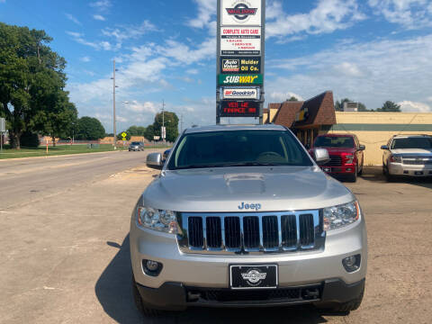 2011 Jeep Grand Cherokee for sale at Mulder Auto Tire and Lube in Orange City IA
