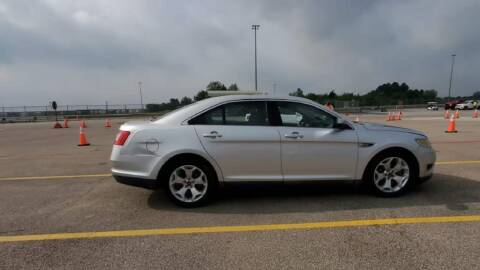 2010 Ford Taurus for sale at Buy Here Pay Here Lawton.com in Lawton OK