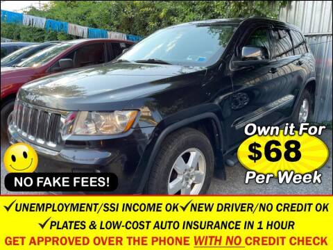 2013 Jeep Grand Cherokee for sale at AUTOFYND in Elmont NY