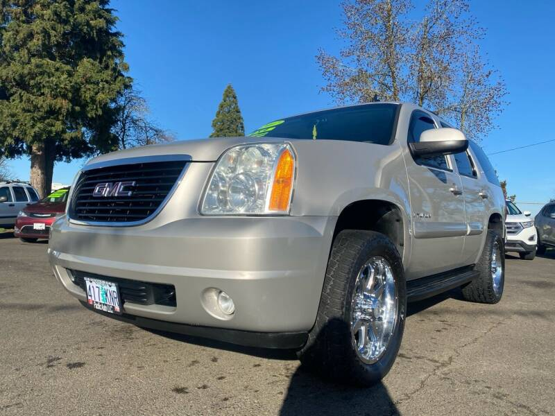 2007 GMC Yukon for sale at Pacific Auto LLC in Woodburn OR