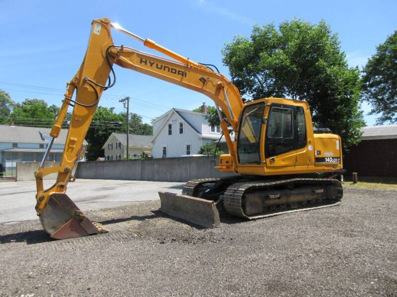 2005 Hyundai 140LCD-7 for sale at ABC AUTO LLC in Willimantic CT
