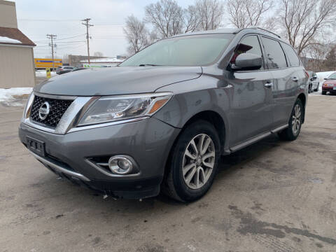 2016 Nissan Pathfinder for sale at MIDWEST CAR SEARCH in Fridley MN