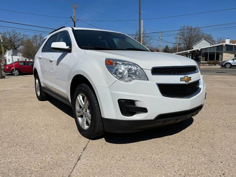 2015 Chevrolet Equinox for sale at Auto Gallery LLC in Burlington WI