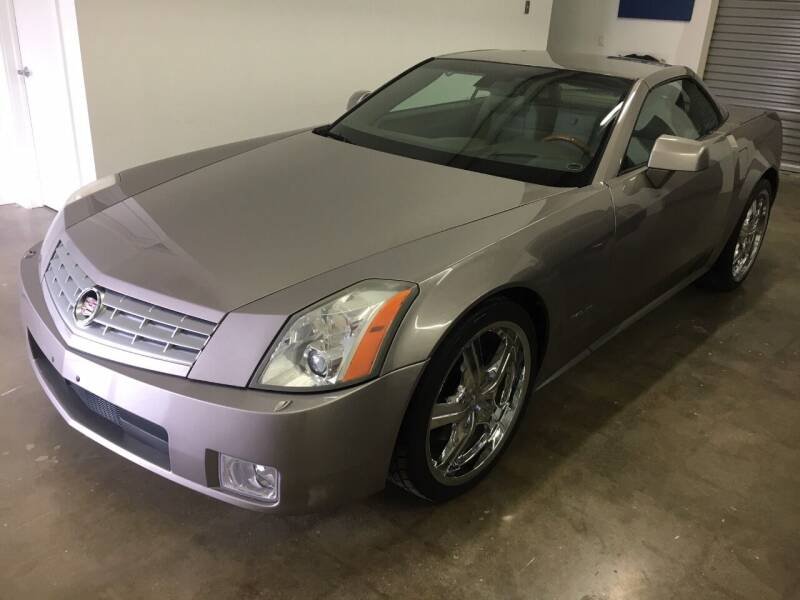 2005 Cadillac XLR for sale at CHAGRIN VALLEY AUTO BROKERS INC in Cleveland OH