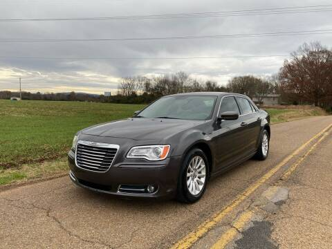 2013 Chrysler 300 for sale at Tennessee Valley Wholesale Autos LLC in Huntsville AL