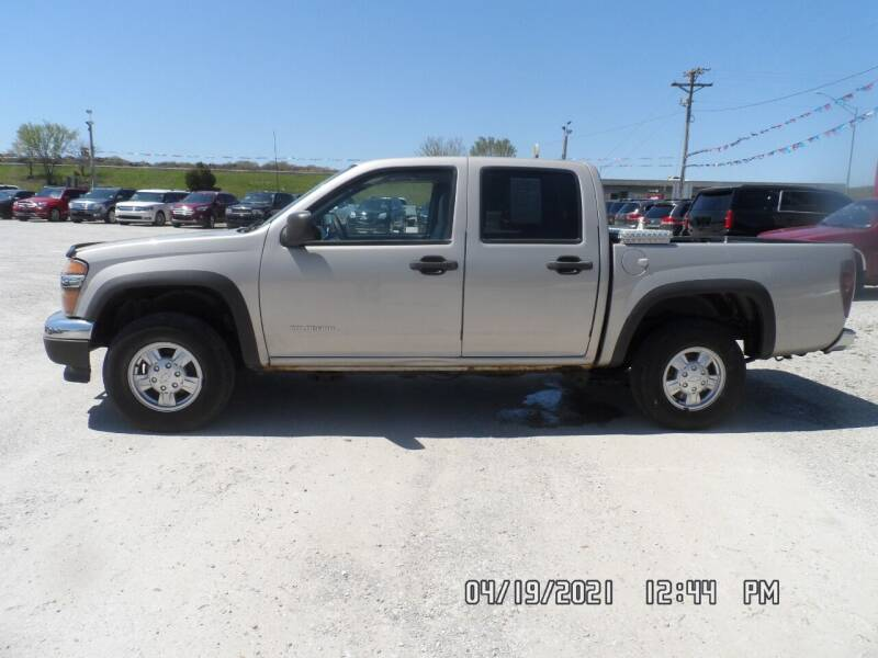 2004 Chevrolet Colorado for sale at Town and Country Motors in Warsaw MO