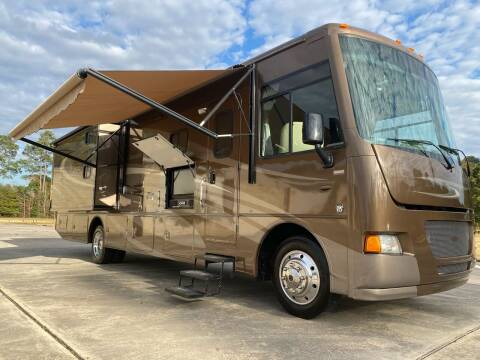 2013 Itasca Sunstar 35B, Bunk beds for sale at Top Choice RV in Spring TX