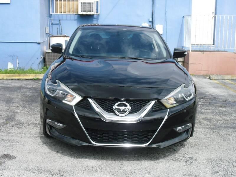 2016 Nissan Maxima for sale at SUPERAUTO AUTO SALES INC in Hialeah FL