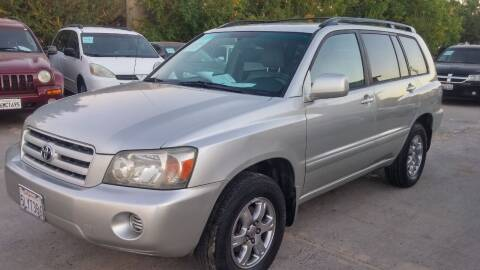 2005 Toyota Highlander for sale at Carspot Auto Sales in Sacramento CA