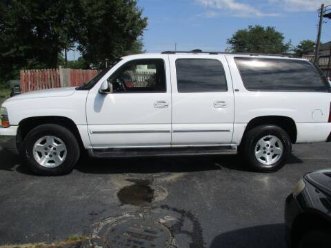 2004 Chevrolet Suburban for sale at KEY USED CARS LTD in Crystal Lake IL