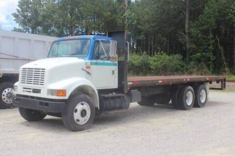 2000 International 8100 for sale at Vehicle Network - Davenport, Inc. in Plymouth NC