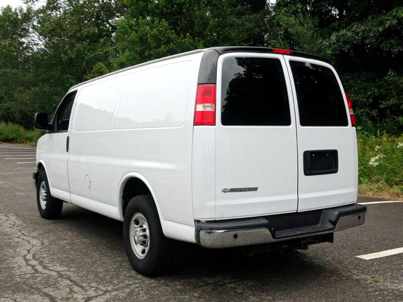 2015 Chevrolet Express Cargo for sale at Auto Mart in Derry NH