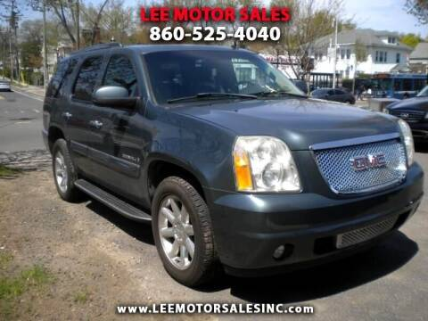 2007 GMC Yukon for sale at Lee Motor Sales Inc. in Hartford CT