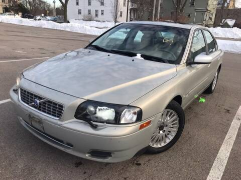 2004 Volvo S80 for sale at Your Car Source in Kenosha WI