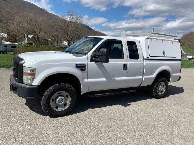 2008 Ford F-250 for sale at Henderson Truck & Equipment Inc. in Harman WV