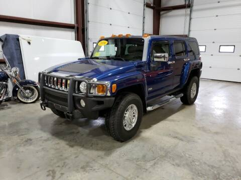 2006 HUMMER H3 for sale at Hometown Automotive Service & Sales in Holliston MA
