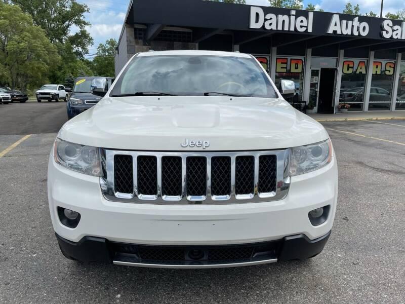 2011 Jeep Grand Cherokee for sale at Daniel Auto Sales inc in Clinton Township MI