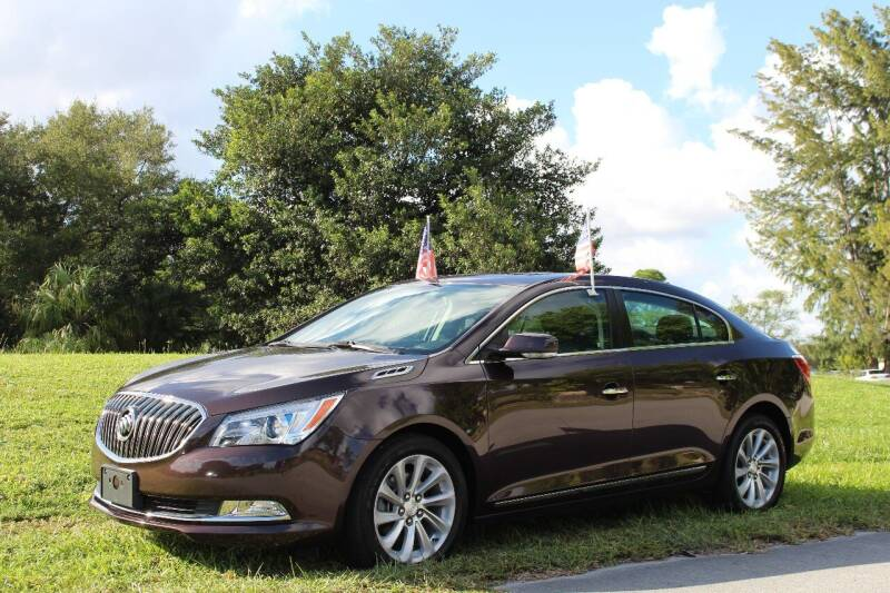2016 Buick LaCrosse for sale at CHASE MOTOR in Miami FL