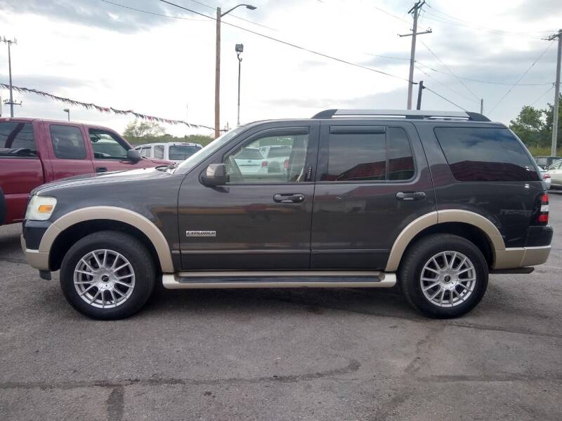 2007 Ford Explorer for sale at Savior Auto in Independence MO
