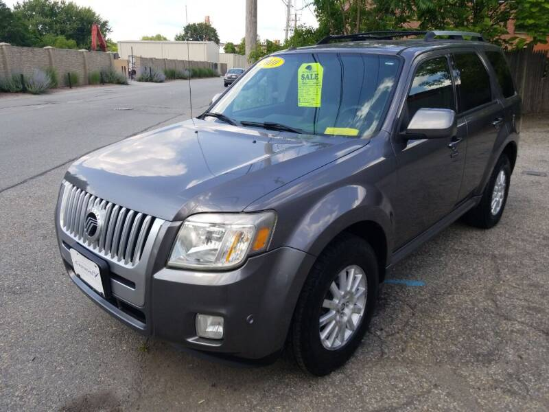 2010 Mercury Mariner for sale at Howe's Auto Sales in Lowell MA
