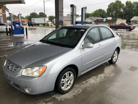 2005 Kia Spectra for sale at JE Auto Sales LLC in Indianapolis IN