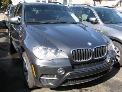 2013 BMW X5 for sale at CLASSIC MOTOR CARS in West Allis WI