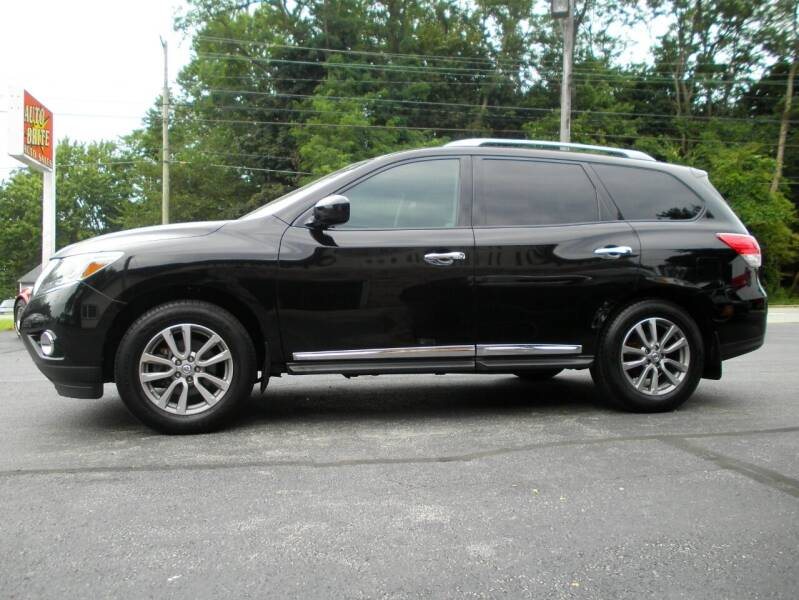 2014 Nissan Pathfinder for sale at Auto Brite Auto Sales in Perry OH