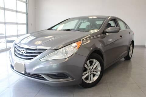2013 Hyundai Sonata for sale at Auto Max Brokers in Palmdale CA