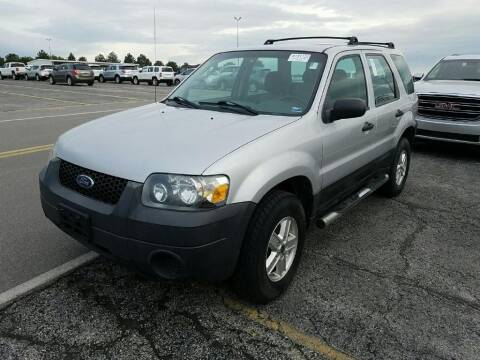 2005 Ford Escape for sale at Cars Now KC in Kansas City MO