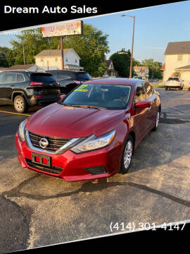 2017 Nissan Altima for sale at Dream Auto Sales in South Milwaukee WI