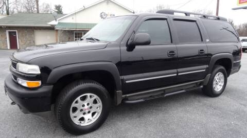 2002 Chevrolet Suburban for sale at Driven Pre-Owned in Lenoir NC