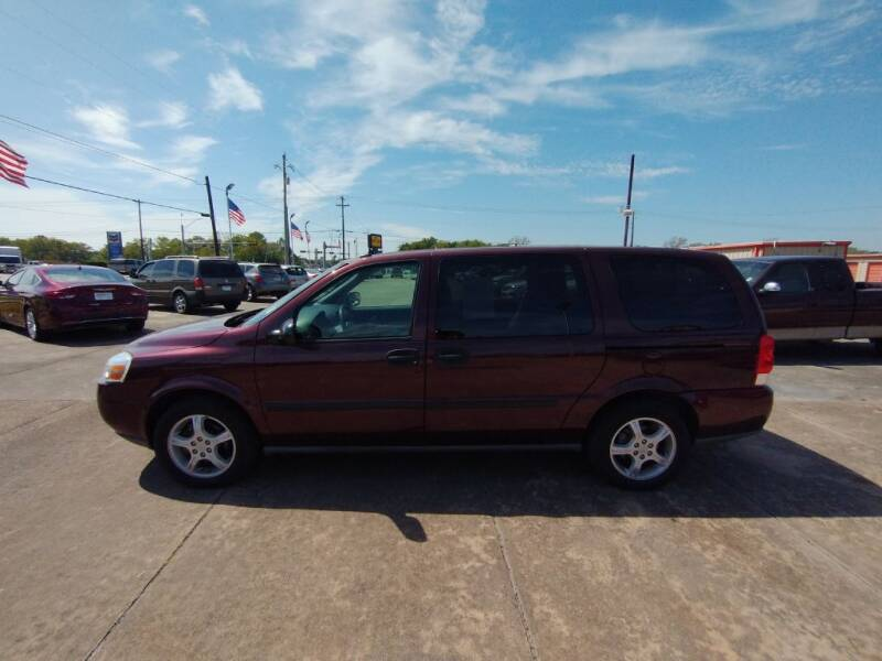 2008 Chevrolet Uplander for sale at BIG 7 USED CARS INC in League City TX