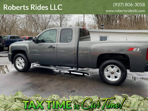 2011 Chevrolet Silverado 1500 for sale at Roberts Rides LLC in Franklin OH
