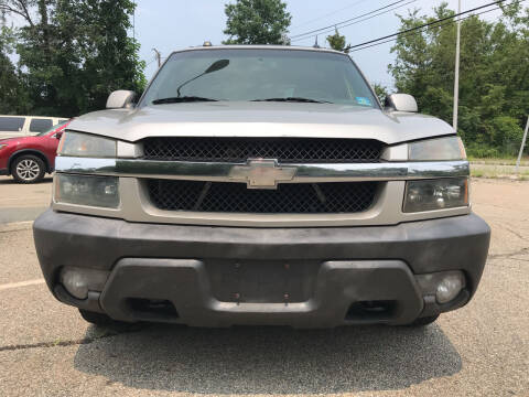 2004 Chevrolet Avalanche for sale at A & B Motors in Wayne NJ