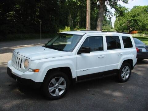 2012 Jeep Patriot for sale at Southern Used Cars in Dobson NC