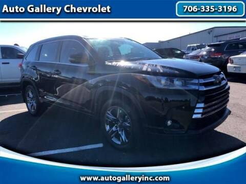 2019 Toyota Highlander for sale at Auto Gallery Chevrolet in Commerce GA