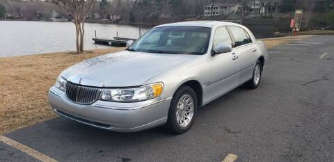 1999 Lincoln Town Car for sale at Village Wholesale in Hot Springs Village AR