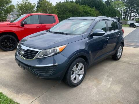 2013 Kia Sportage for sale at Getsinger's Used Cars in Anderson SC