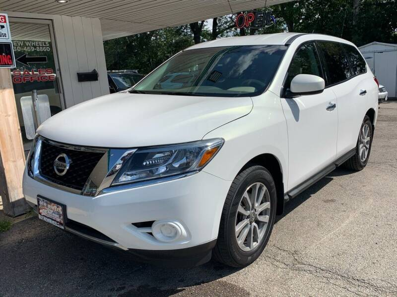 2014 Nissan Pathfinder for sale at New Wheels in Glendale Heights IL