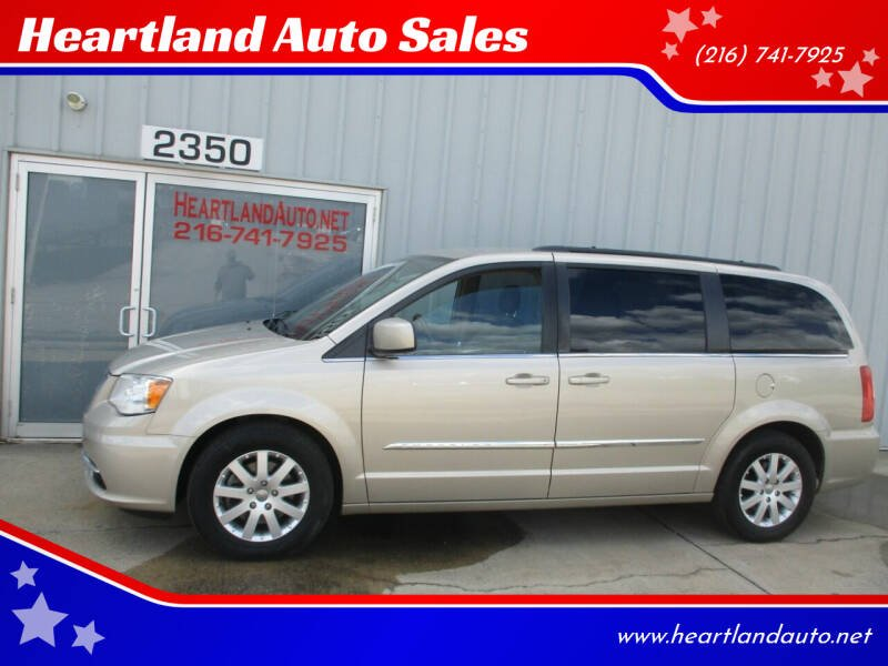 2013 Chrysler Town and Country for sale at Heartland Auto Sales in Medina OH