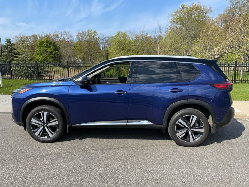 2021 Nissan Rogue for sale at CarCo Direct in Cleveland OH