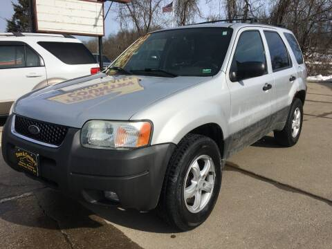 2003 Ford Escape for sale at Town and Country Auto Sales in Jefferson City MO