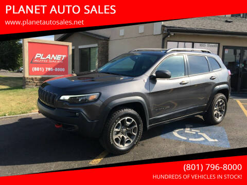 2020 Jeep Cherokee for sale at PLANET AUTO SALES in Lindon UT