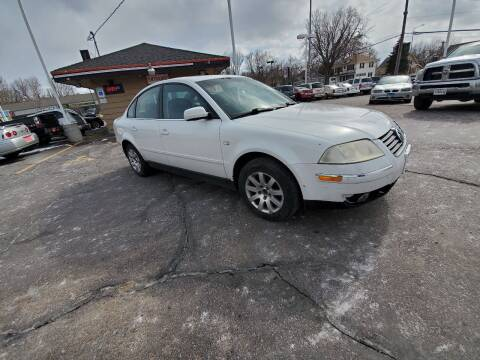 2001 Volkswagen Passat for sale at Geareys Auto Sales of Sioux Falls, LLC in Sioux Falls SD