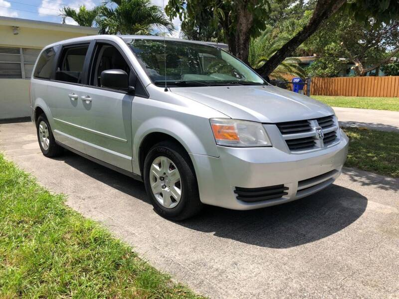 2009 Dodge Grand Caravan for sale at Hard Rock Motors in Hollywood FL
