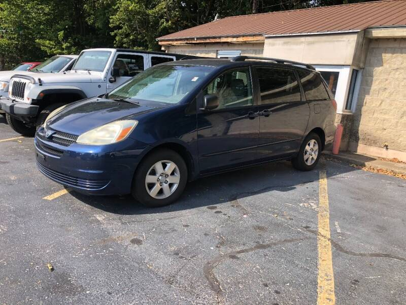 2005 Toyota Sienna for sale at Butler's Automotive in Henderson KY