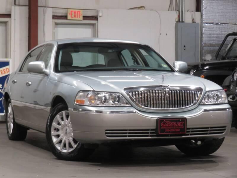 2007 Lincoln Town Car for sale at CarPlex in Manassas VA